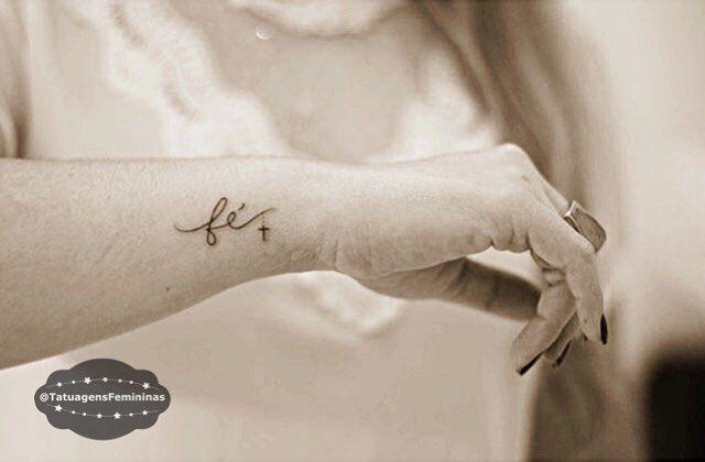 Mini Tattoo • Tattoo Artist:  @Inktracetattoo . ℐnspiração 〰 ℐnspiration . . #tattoo #tattoos #tatuagem #tatuaje #ink #tattooed #tattooedgirls #tatuador #EunoTatuagensFemininas #fé #faith #TatuagensFemininas