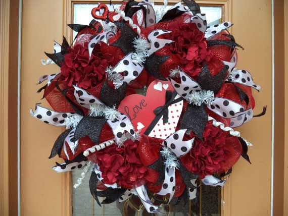 Deco Mesh Black And Red Valentine Door Wreath By DecoDzigns