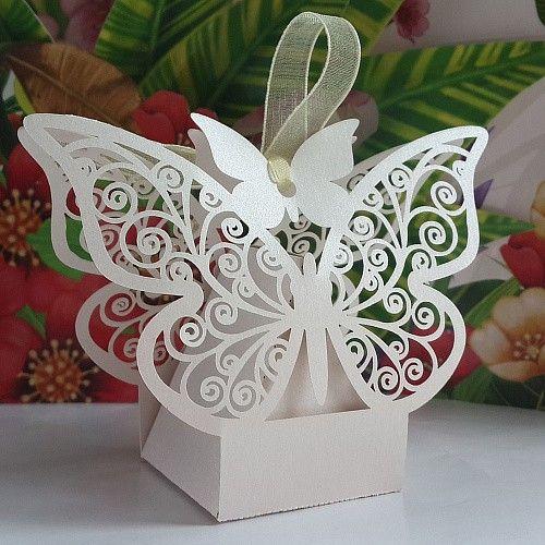 envío gratis de la boda caja de dulces caja a favor del corte del laser blanco y de color rosa de la mariposa parte presente de regalo de chocolate caja de recuerdos 50 pcs