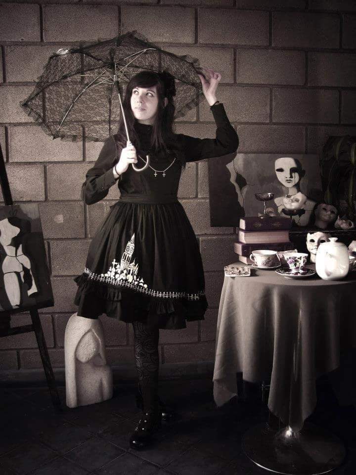 Goth Lolita, dress by Porcelain Princess