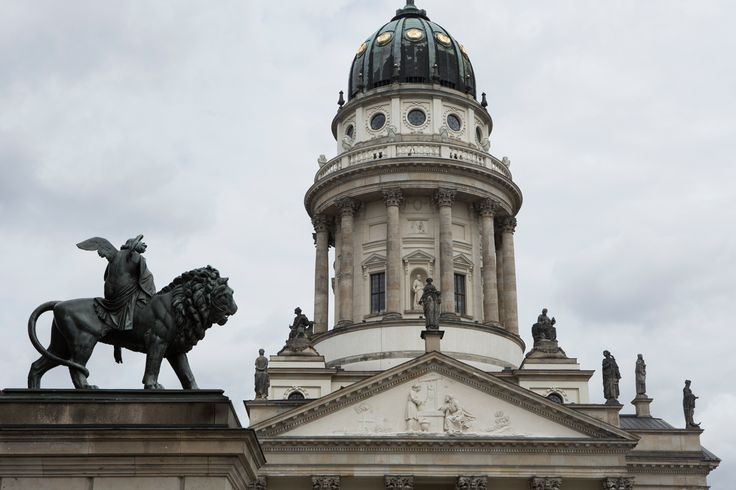 Fay City Diaries' third destination: Berlin. http://www.fay.com/it/city-diaries/berlino?country=it
