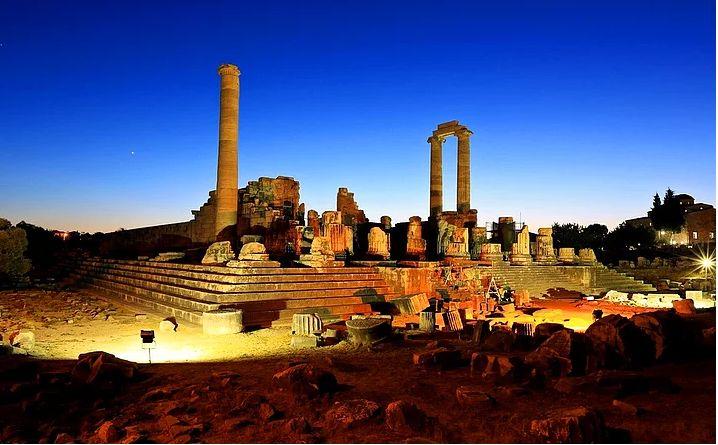 Aydın-Apollon Tapınağı. Fotoğraf, Veli Toluay.