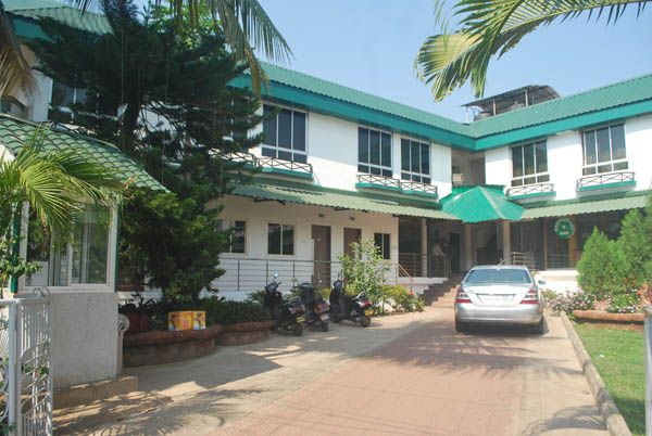 Budget Graciano Cottages, Goa: Visit to Website for more Info: