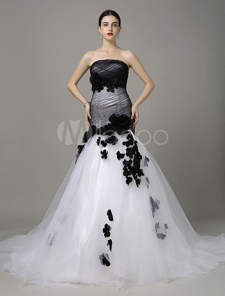 Schwarzes Brautkleid Mermaid Stil mit Blumen