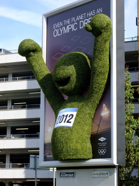 Artificial Hedge used to build the London 2012 Olympic Mascot for opening ceremony