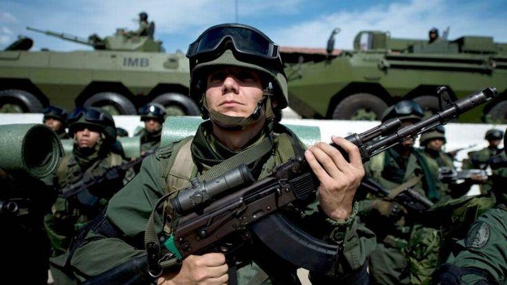 Maduro convoca a maniobras militares en medio de preparativos electorales http://www.elnuevoherald.com/noticias/mundo/america-latina/article200757054.html?utm_content=buffer5187e&utm_medium=social&utm_source=pinterest.com&utm_campaign=buffer#storylink=rss