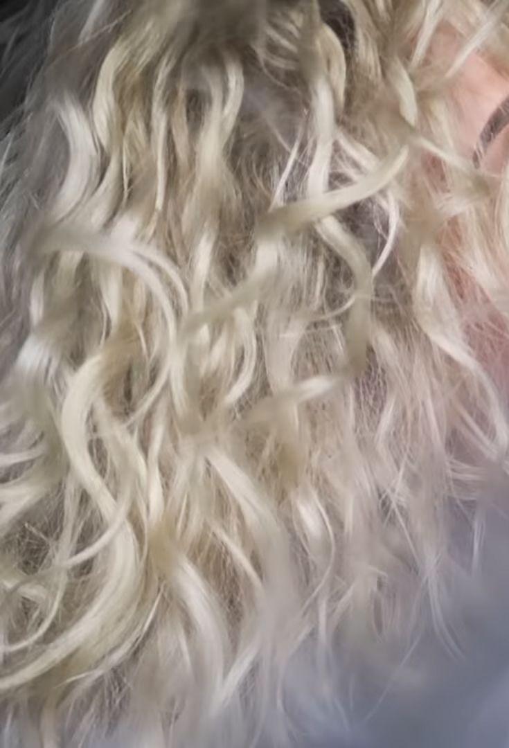 Pin By Shanhair On Hair Doooo S Curly Hair Styles Curly Hair Styles Naturally Deva Curl Haircut