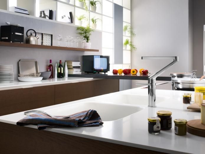 32 best Kitchens images on Pinterest Bathroom showrooms - küche in u form