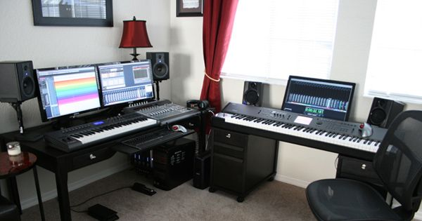 This is a great example of a professional studio that you can have at home. You can learn how everything works by watching the videos.
