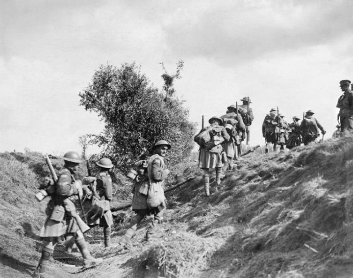 Canadian Scottish advancing during the Battle of the Canal du Nord 1918.