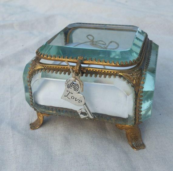 Coussin mariage thème bohème, vintage, boite bijoux ancienne restaurée, Saperlipopette Création