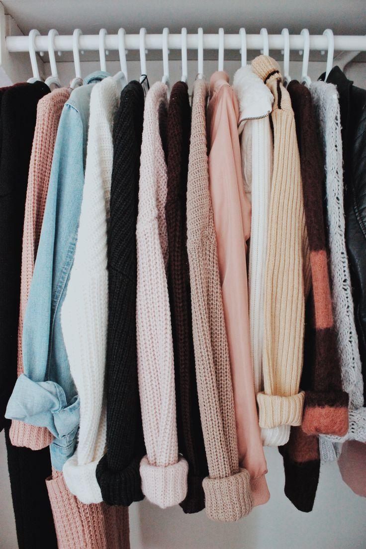 ↠ IG: @jessienuqui // #fashion #fall #fallfashion #style #ootd #outfits #autumn #sweater #cozy