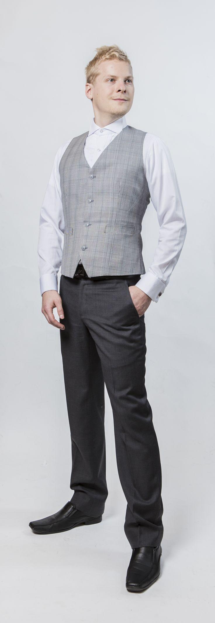 #liivit #miesten tyyli #räätälistudio Super makea liivi, yksinkertainen on kaunista!