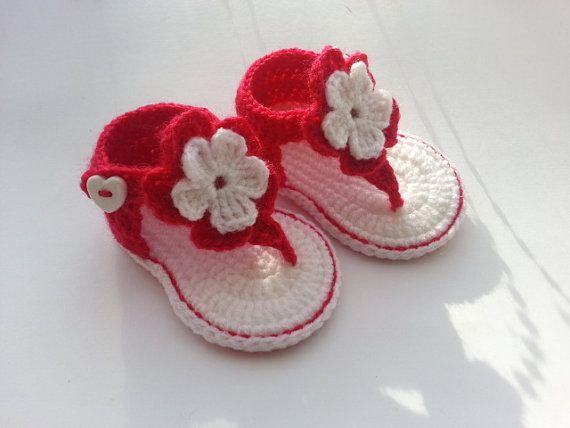 free baby sandal crochet pattern   Crochet baby sandals, baby gladiator sandals, baby booties, baby shoes