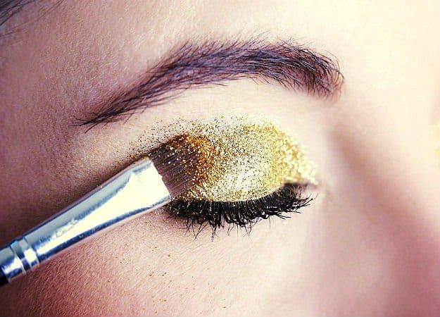 Apply The Loose Glitter Makeup   How To Use Glitter Makeup And Not Look Crazy   ...