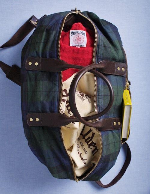 weekenderWeekend Bags, Best Friends, Blackwatch Plaid, Blackwatch Weekend, Totes Bags, Overnight Bags, Black Watches, Preppy Fashion, Leather Bags