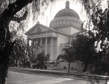 The Second Church of Christ, Scientist, 948 West Adams Boulevard, Los Angeles, California 90007. Designed by noted Los Angeles architect Alfred H. Rosenheim in the Classical Revival style of architecture, it was built in 1910.