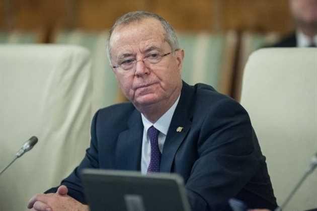 Ministrul Educatiei, Pavel Năstase a declarat că a fost lansată achizitia manualelor scolare pentru anul scolar 2017 - 2018 cu termen până în luna iulie