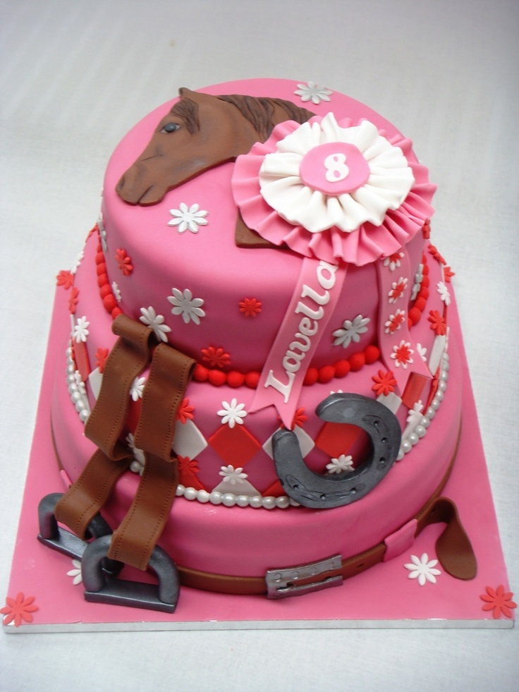 Horse cake, paarse rozet, rode taart
