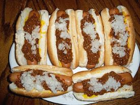 Ft. Wayne Copycat Coney Dog - not exactly spot on with the spices, but a good sauce.