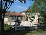 Holiday Farmhouse for rent in Lagarde Hachan, Midi Pyrenees FR4780
