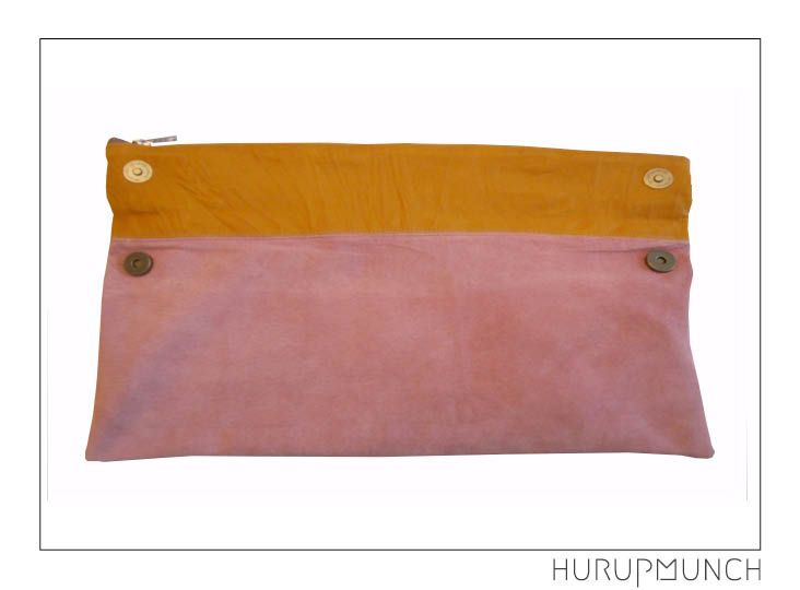 100% leather clutch bag - front. Dkk: 649,- Awailable in Beware of Limbo Dancers.