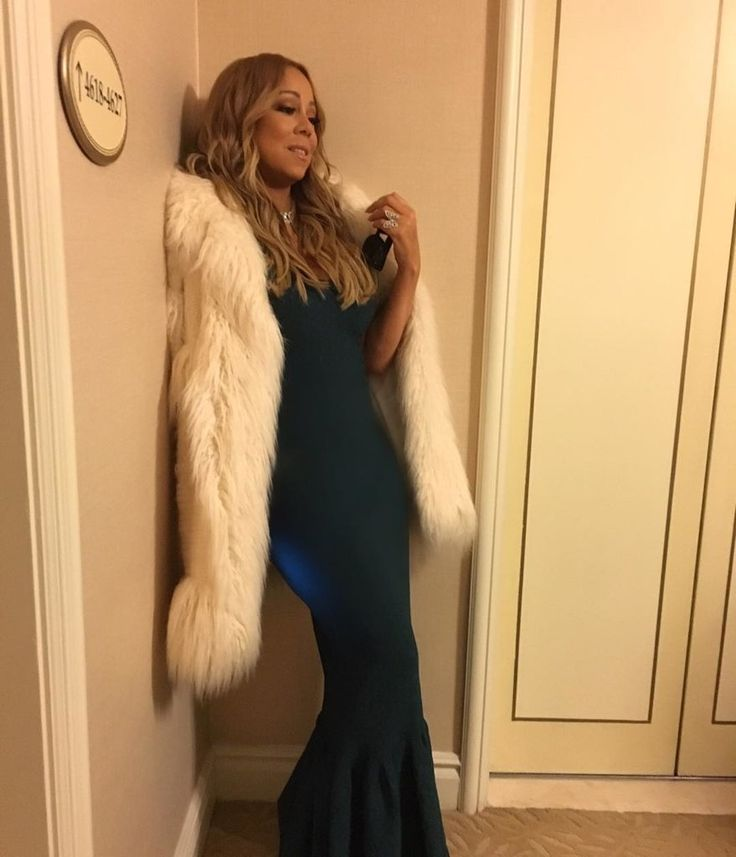 If you thought Mariah Carey's hottest days were during her Butterfly heyday in the late '90s, think again. The high-pitched singer, whose dad has Venezuelan roots, looks better and happier than she ever has. It takes just one look at her Instagram feed, where she shares stunning bikini shots and snaps of her sexy and glamorous style, to corroborate our theory. Mariah's confidence is at its peak and her body's fit, healthy-looking, and ready to be flaunted.