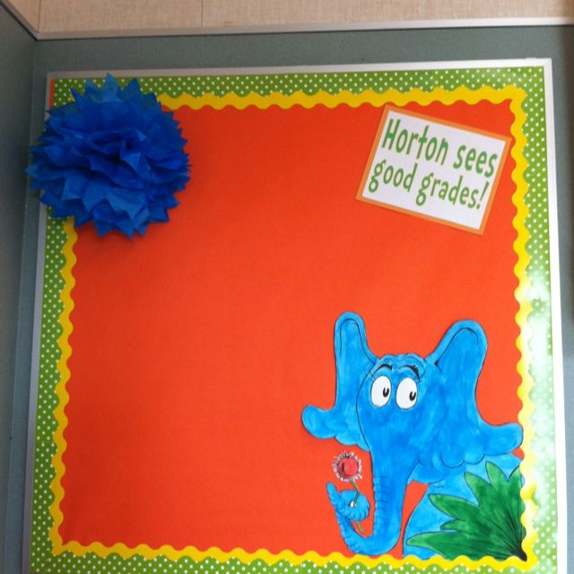 dr seuss bulletin boards | Dr. Seuss themed class bulletin board idea. | Bulletin Board Ideas. Could change to sees good readers or sees # graders for the beginning of year
