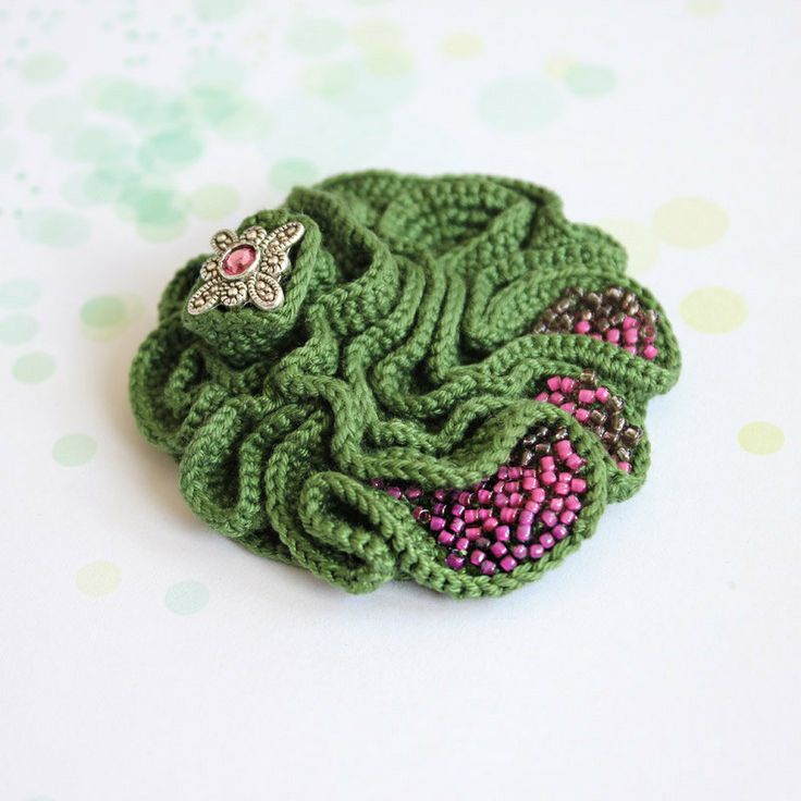 Crochet brooch