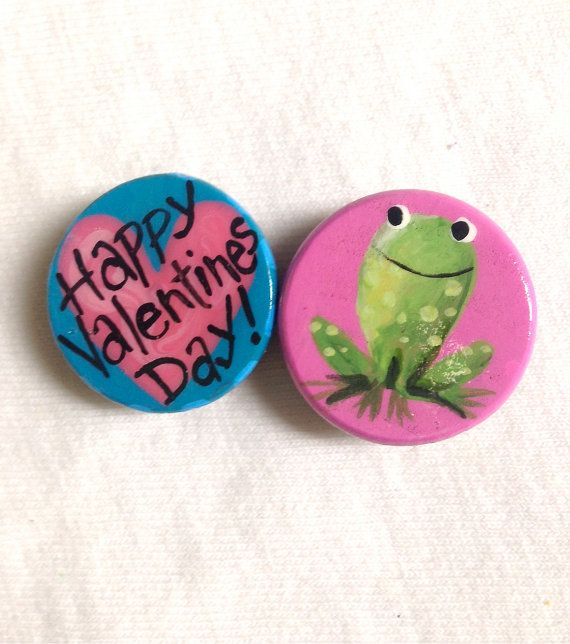 VALENTINES DAY MAGNETS hot pink frog by SugarAndPaint on Etsy