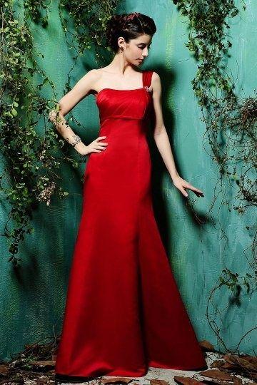 Robe de demoiselle d'honneur rouge longue asymétrique
