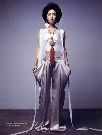 한복 Hanbok : Korean traditional clothes[dress]  | #ModernHanbok lee young hee hanbok from Vogue Korea
