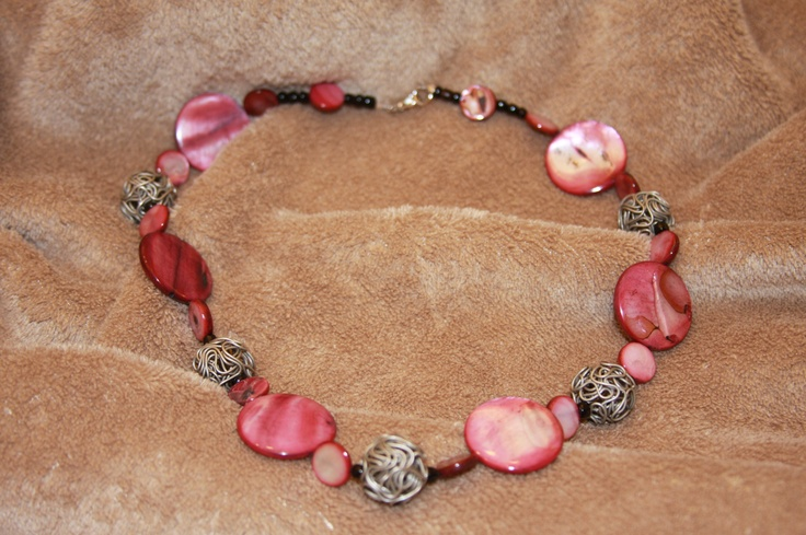 shell necklace with wire balls