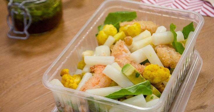 Het lievelingsgerecht van Zuhal Demir: salade van gefrituurde scampi met asperges