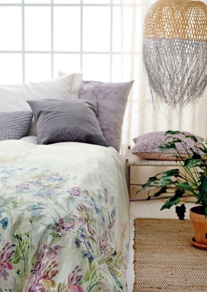 Digitalprint Flower field 150x225cm - Stoff & Stil - DIY bedroom - bed cover - interior design