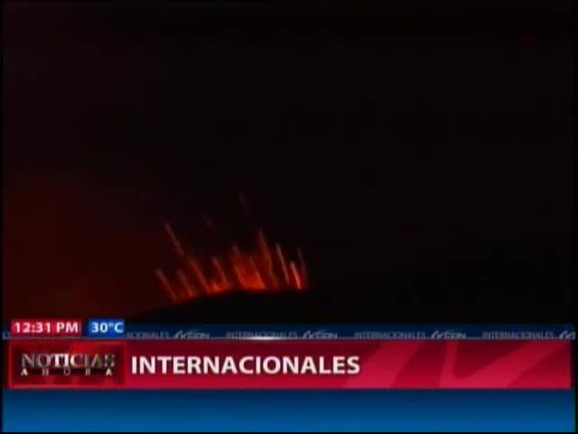 Entró En Erupción Volcan En Chile #Video