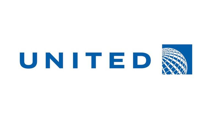 Graphic United Airlines video spreads on Facebook, Twitter - CNET