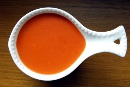 Pomidorowy sos do gołąbki.