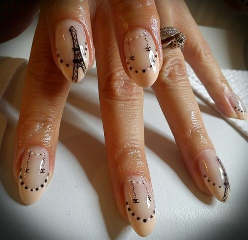 Paris by Tif26 from Nail Art Gallery