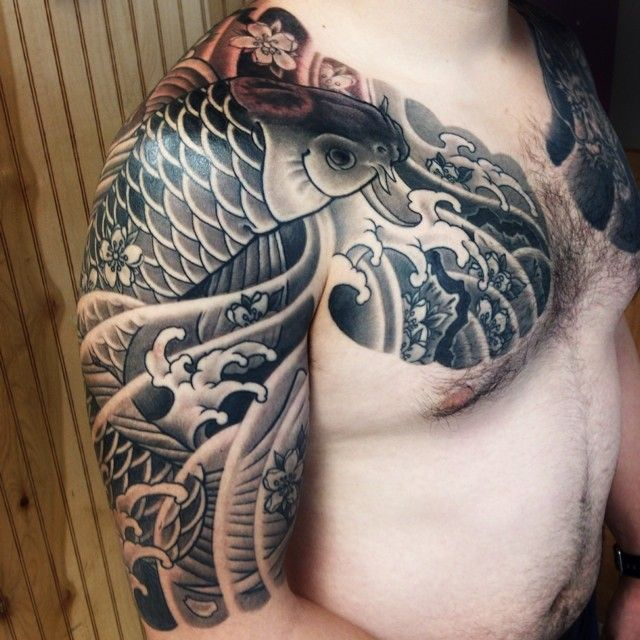 Japanese half sleeve black-n-grey tattoo. Almost finished this piece today, just need to touch up some places in couple of weeks...