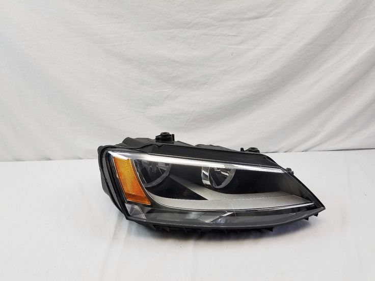 Awesome Great VW Jetta Halogen Headlight Right Passenger Side OEM 2011 2012 2013 2014 2015 16  2018 Check more at http://auto24.ml/blog/great-vw-jetta-halogen-headlight-right-passenger-side-oem-2011-2012-2013-2014-2015-16-2018-2/