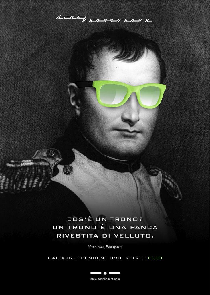Napoleone Buonaparte indossa occhiali fluo!