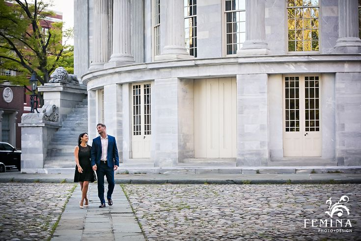 Philadelphia Society Hill Engagement Photos