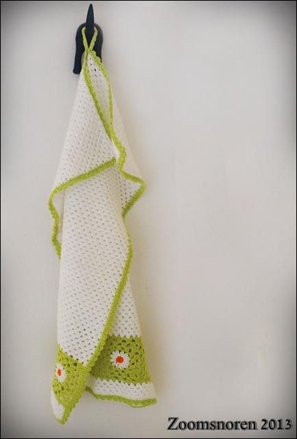 Zoomsnoren: DIY: hæklet håndklæde med granny squares