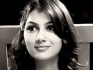 Sriti Jha Photos, News | Dramatize.com