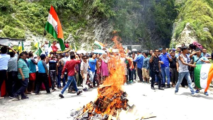 GTA Agreement Put On Fire By Gorkhaland Supporters At Rangpo (WB)