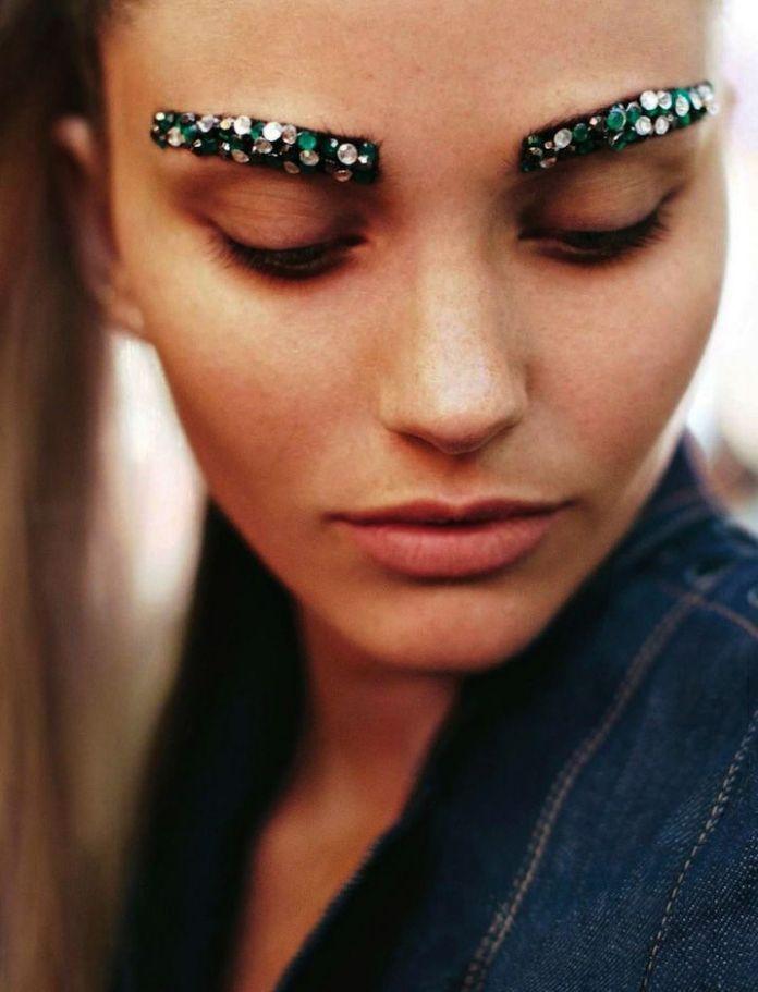 DIY Ideas Makeup : #sourcils pailletés comme #tatoués