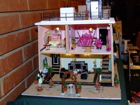 1930s Art Deco Dolls House 1 (pic 2/2)