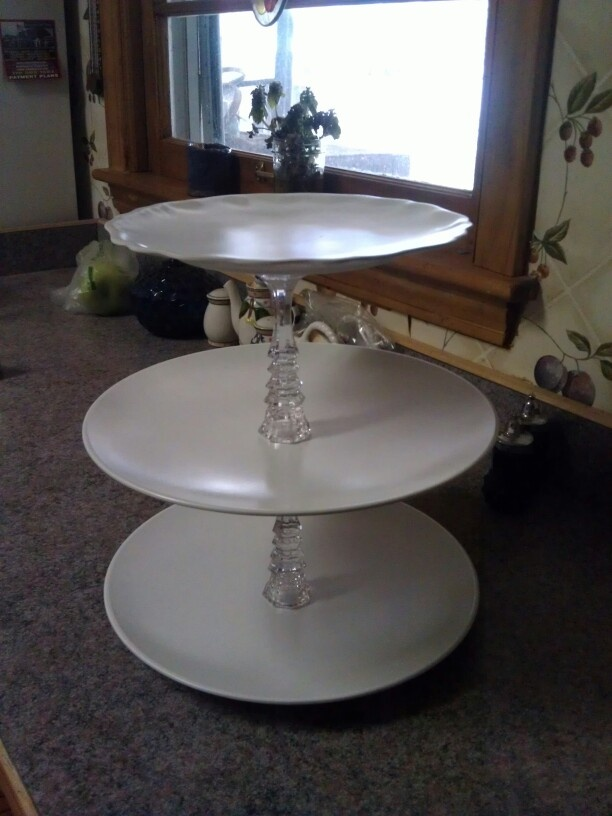 17 best images about plate holders on pinterest serving for Plate cake stand diy
