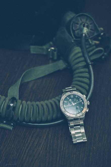 UTC Skydiver 44,2 mm with steel bracelet. #sjöösandström #sjoosandstrom #watch #watches #sweden #skydiver #pilot #utc #pilotwatch #aviation #airforce